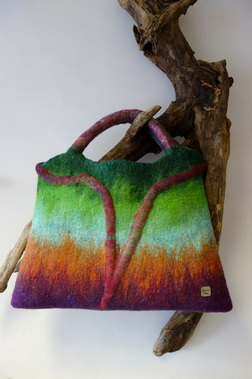 70's-style handbag by Heather Potten